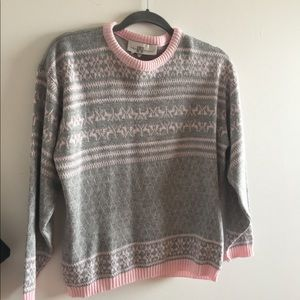 Sweaters - Vintage pink and grey knitted sweater